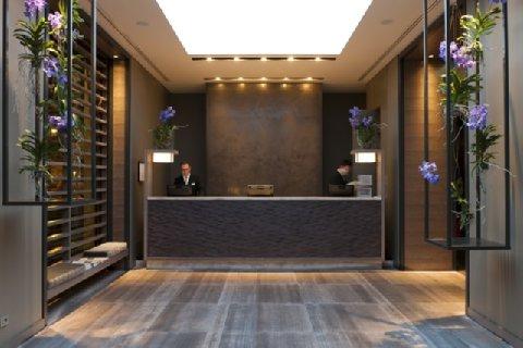 Starholtels E.c.h.o Milano STARHOTELS E.C.HO MILANO WINS EUROPEAN HOTEL DESIGN AWARDS  STARHOTELS E.C.HO MILANO WINS EUROPEAN HOTEL DESIGN AWARDS  2631759 Starhotels Echo Milan Lobby 28