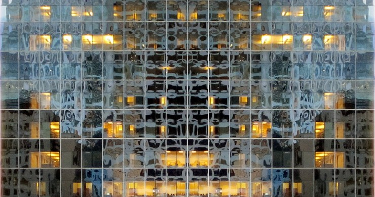 TOP 10 BEST BUILDINGS WITH A FACE