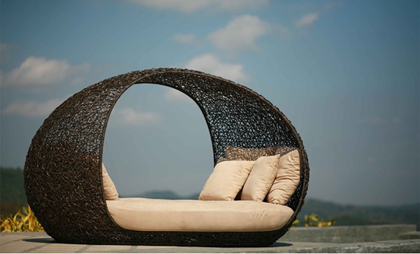Cove Daybed by Exclusive Neoteric