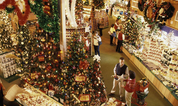 FRANKENMUTH3 THE MOST CHRISTMAS-LOVING US TOWNS THE MOST CHRISTMAS-LOVING US TOWNS FRANKENMUTH3