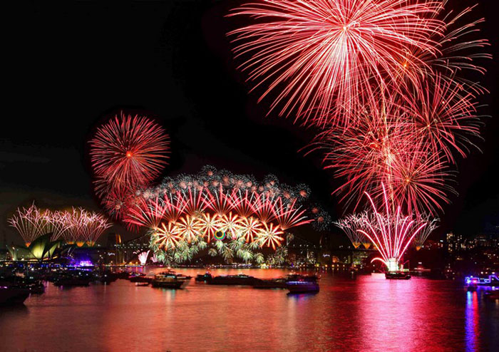 Sydney_Vivid_20130605_3 Travel destinations to spend New Year's Eve Travel destinations to spend New Year's Eve Sydney Vivid 20130605 3