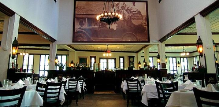 joe's stone crab Miami Top 10 Restaurants in Miami Top 10 Restaurants in Miami joes stone crab1