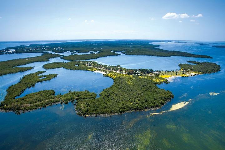 Little-Bokeelia-Island-luxury-private-islands Luxury Private Islands For Sale Luxury Private Islands For Sale Little Bokeelia Island luxury private islands
