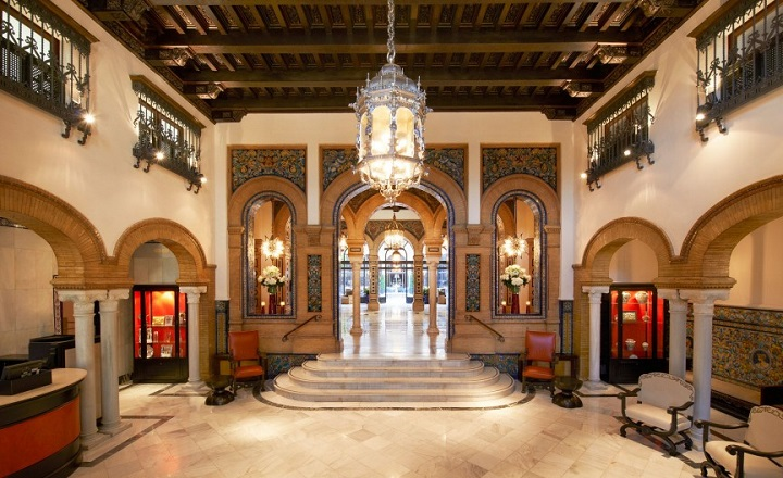 10-Most-Expensive-Hotel-Reservations-Ever1 10 Most Expensive Hotel Renovations Ever 10 Most Expensive Hotel Renovations Ever 10 Most Expensive Hotel Reservations Ever1