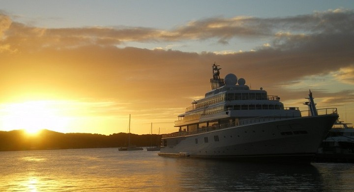Top 5 Yachts Owned by Celebrities