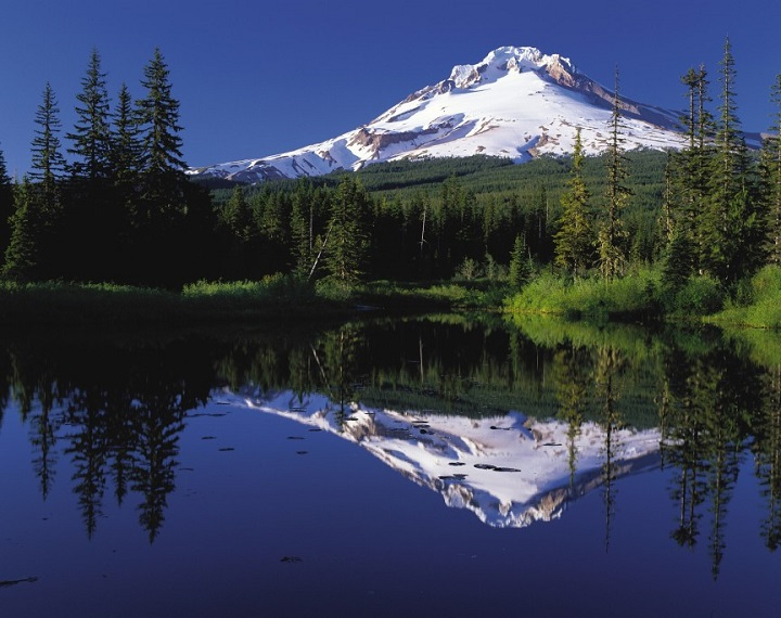 Top 10 Places to See Before You Die top 10 places to see before you die Top 10 Places to See Before You Die Top 10 Places to See Before You Die Mount Hood reflected in Mirror Lake Oregon 1
