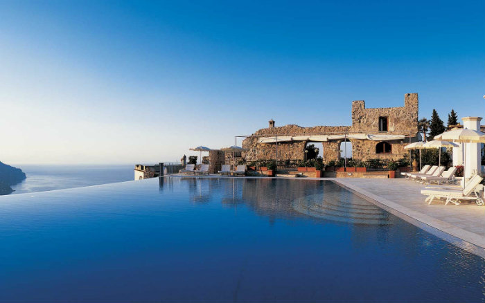 7 luxury and fascinating swimming pools - the hotel carusso ravello pool 7 Luxury and Fascinating Swimming Pools  7 Luxury and Fascinating Swimming Pools  homeandecoration 7 luxury and fascinating swimming pools hotel carusso ravello pool
