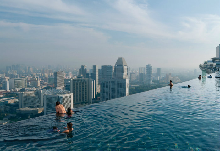 7 luxury and fascinating swimming pools - marina bay sands casino in singapore 7 Luxury and Fascinating Swimming Pools  7 Luxury and Fascinating Swimming Pools  homeandecoration 7 luxury and fascinating swimming pools marina bay sands hotel singapore