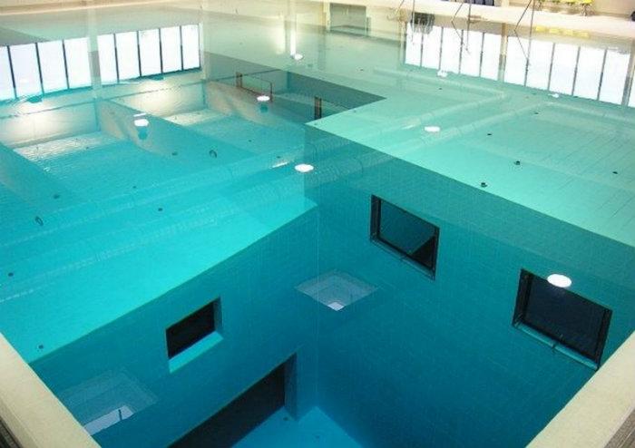7 luxury and fascinating swimming pools - the nemo 33 in belgium 7 Luxury and Fascinating Swimming Pools  7 Luxury and Fascinating Swimming Pools  homeandecoration 7 luxury and fascinating swimming pools the nemo 33 belgium
