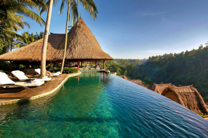 7 luxury and fascinating swimming pools - viceroy bali pool 7 Luxury and Fascinating Swimming Pools  7 Luxury and Fascinating Swimming Pools  homeandecoration 7 luxury and fascinating swimming pools viceroy bali hotel pool