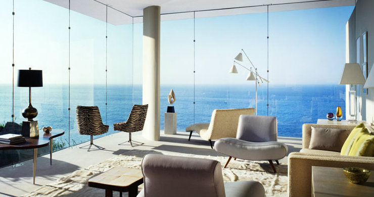The best coastal living rooms of California