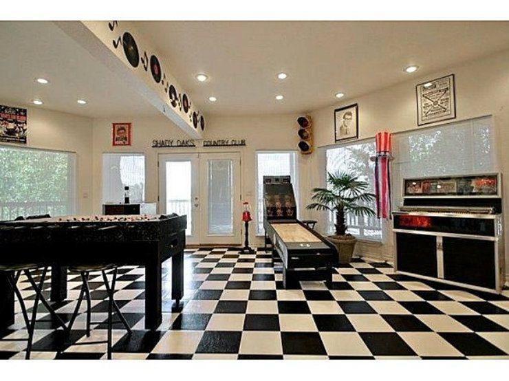 luxury game rooms Luxury game rooms Luxury game rooms for adults 7 luxury game rooms 740x554