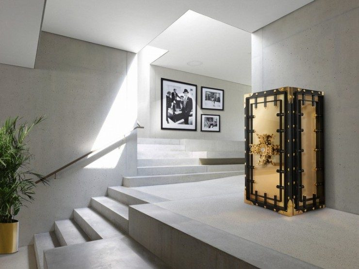 luxury safe Be Dazzled by Boca do Lobo Knox Luxury Safe Be Stunned by the Exclusivity of Boca do Lobos Knox Luxury Safes 4 740x555