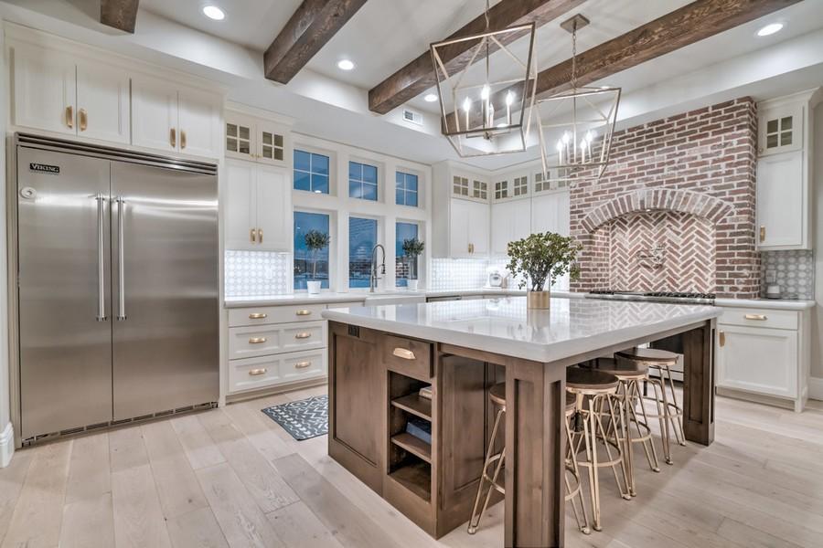 10 Farmhouse Kitchen Designs That Are Super Trendy! Farmhouse Kitchen Designs 10 Farmhouse Kitchen Designs That Are Super Trendy! 10 Farmhouse Kitchen Designs That Are Super Trendy 3