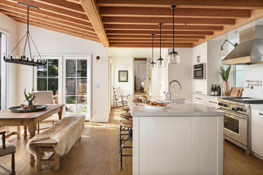 Farmhouse Kitchen Designs 10 Farmhouse Kitchen Designs That Are Super Trendy! 10 Farmhouse Kitchen Designs That Are Super Trendy 5