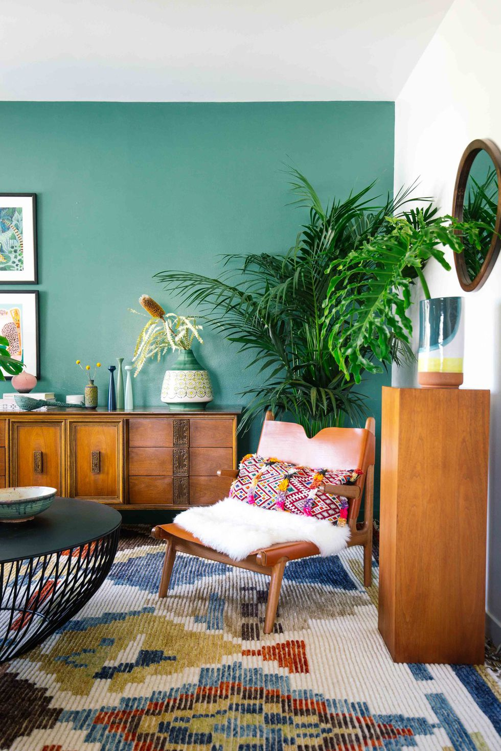 Decorating Your Living Room Walls: Upgrade Your Living Room Decor With These Incredible Wall