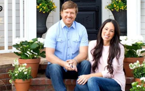 texas farmhouse The Fixer Upper Stars Are Selling Their Incredible Texas Farmhouse The Fixer Upper Stars Are Selling Their Incredible Texas Farmhouse capa 480x300