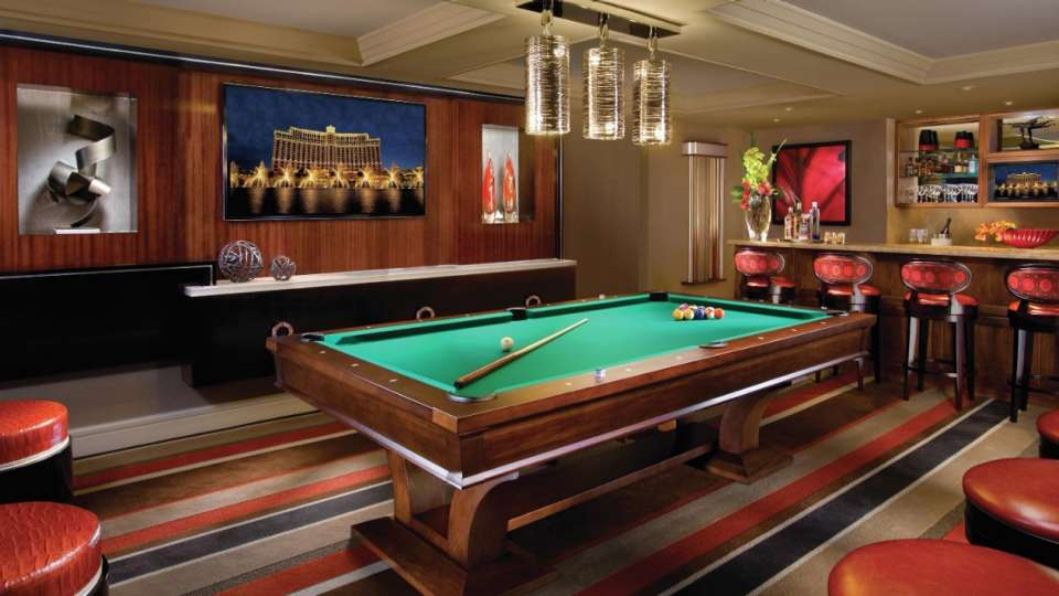 the best in lodging The best in lodging: Meet MGM Resorts! bellagio hotel executive parlor suite billiard