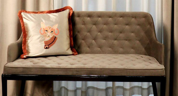 10 luxury furniture designs 10 Luxury Furniture Designs For A Unique Living Room Decor! 10 Luxury Furniture Designs For A Unique Living Room Decor capa 740x400  Home 10 Luxury Furniture Designs For A Unique Living Room Decor capa 740x400
