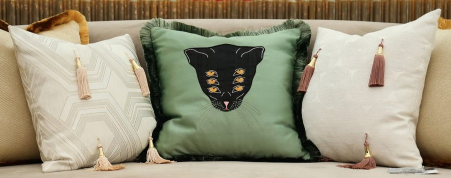 Bold Animal Prints Are The Perfect Way To Improve Your Home Decor bold animal print Bold Animal Prints Are The Perfect Way To Improve Your Home Decor Bold Animal Prints Are The Perfect Way To Improve Your Home Decor 3