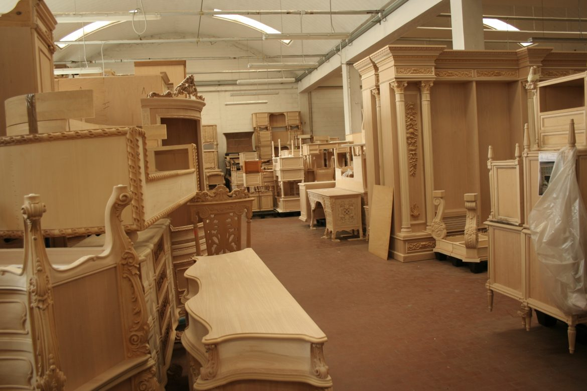 Craftsmanship craftsmanship Craftsmanship: The Most Exquisite Italian Arts and Crafts The Most Exquisite Italian Craftsmanship Brianza Traditional Furniture Hand Craft