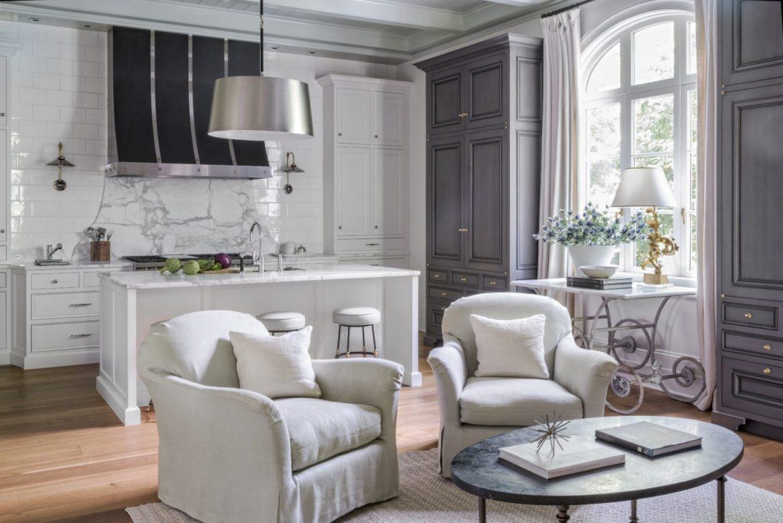 Suzanne Kasler: Designing timeless interiors! suzanne kasler Suzanne Kasler: Designing timeless interiors! suzanne kasler sophisticated simplicity kitchen 1440x961
